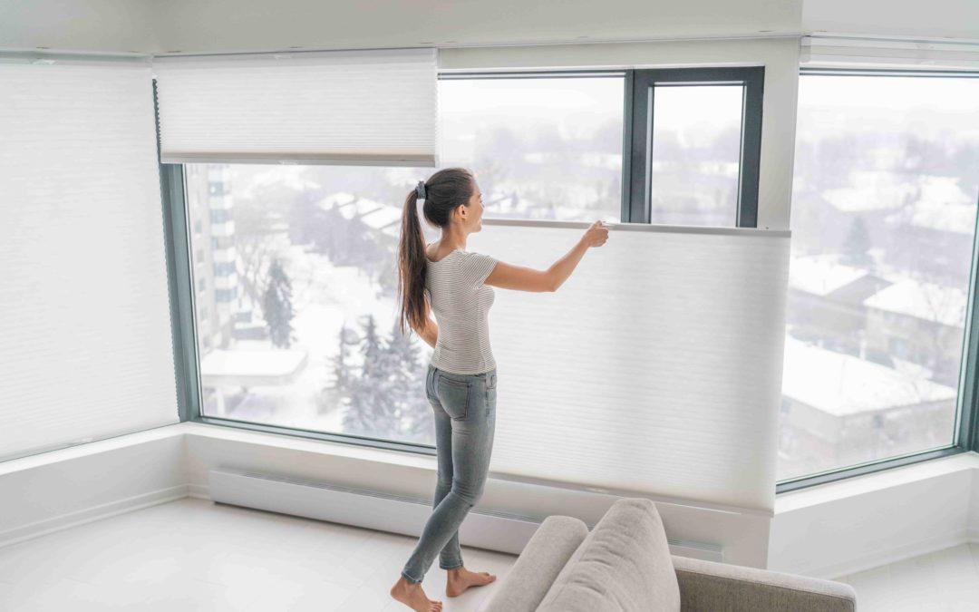 Rolety i żaluzje w mieszkaniu alergika