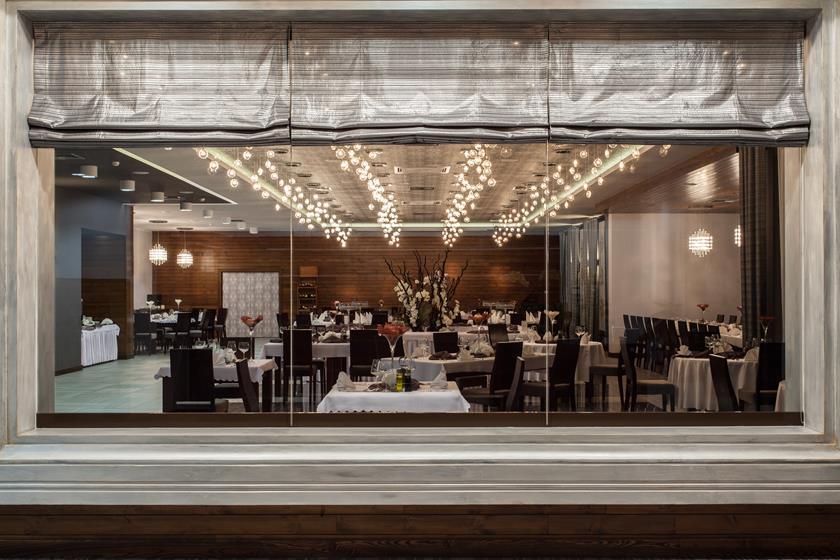Rolety do restauracji – jak wybrać?